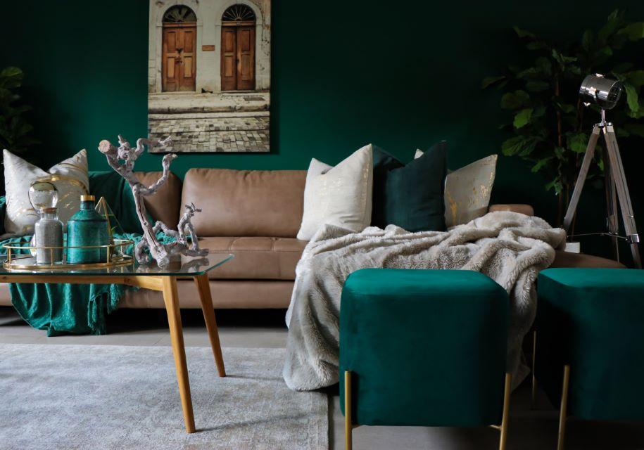 Przykład dobrze dobranej kolorystyki mebli i salonu
